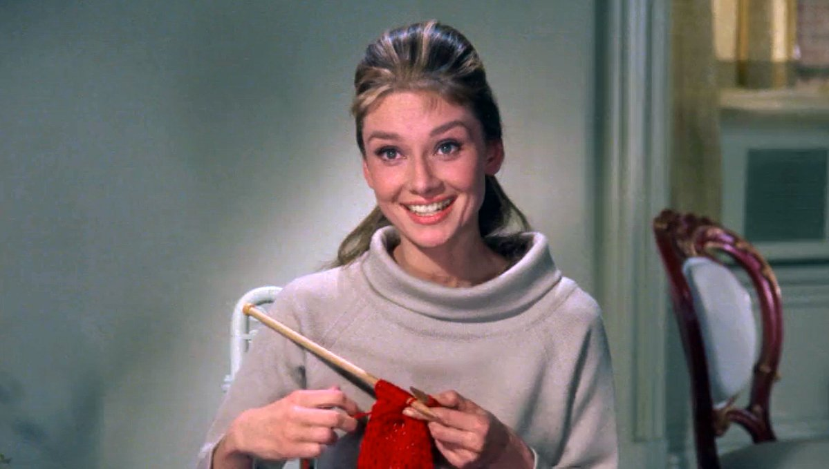 Knitting in movies breakfast at tiffany 39 s sheep and stitch for Breakfast at tiffany s menu