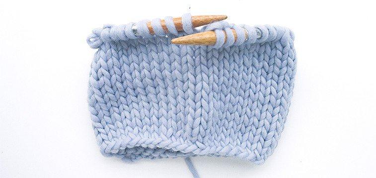stockinette stitch knitting in the round