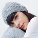 girl wearing grey slouchy hat