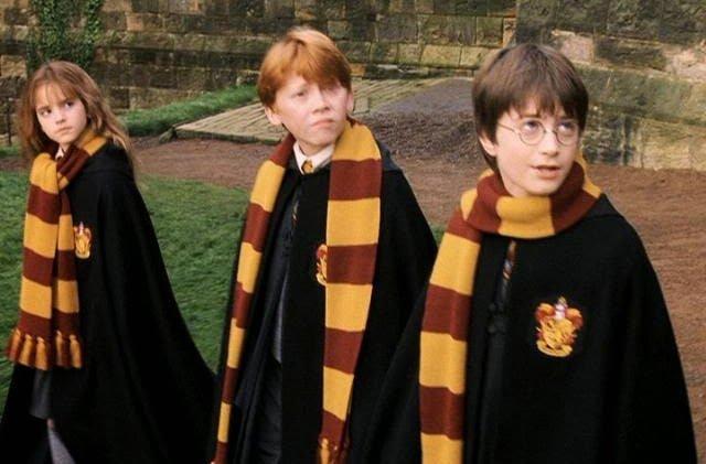 「harry potter scarf」の画像検索結果