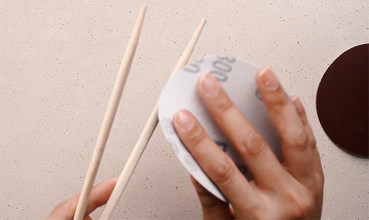 Using chopsticks as knitting needles to save money